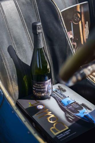 Ballot Champagne and Ballot Book